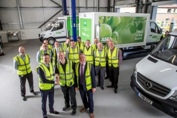 Large-scale order for Mercedes-Benz Vans: British retailer ASDA taking delivery of 550 new Mercedes-Benz Sprinter