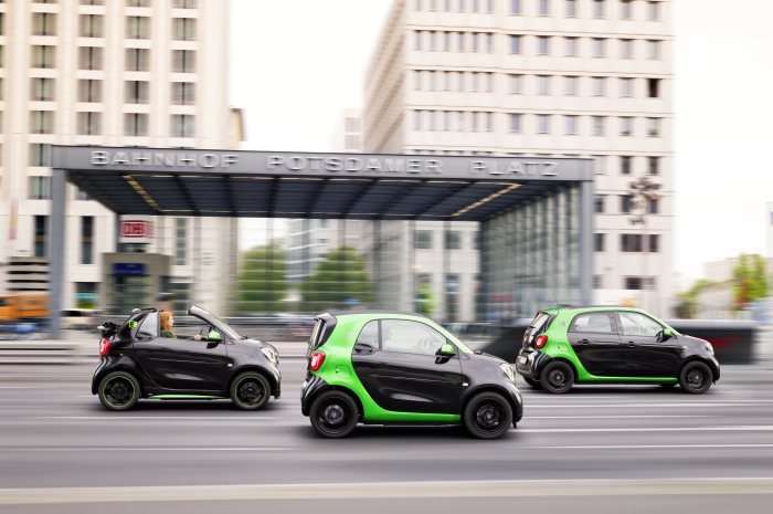USA premiere for the fourth generation smart electric drive: Electrification of all smart models