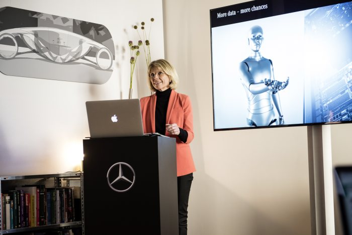 "Mercedes-Benz ""Artificial Intelligence"" Future Talk in Berlin: Artificial intelligence – is there a human-centred approach?"