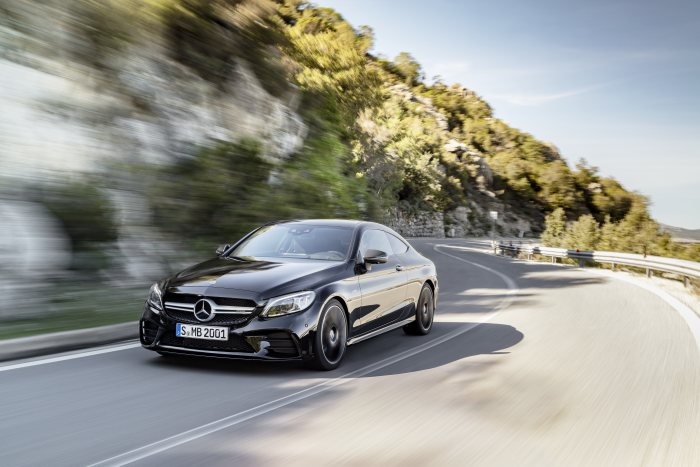 The new Mercedes-AMG C 43 4MATIC Coupé and Cabriolet: Extensive update for the two-door performance models