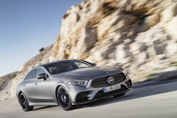 Mercedes-Benz achieves a record quarter with the best month of all time