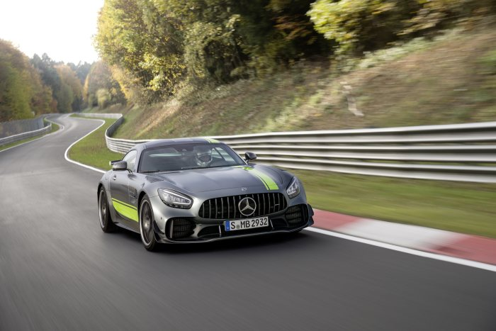 The new Mercedes-AMG GT and AMG GT R PRO: Further honed and even more agile