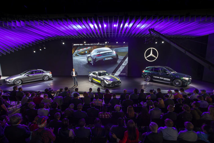 Mercedes-Benz Cars at the 2018 Los Angeles Auto Show: Fascinating new products at the last trade show of the year