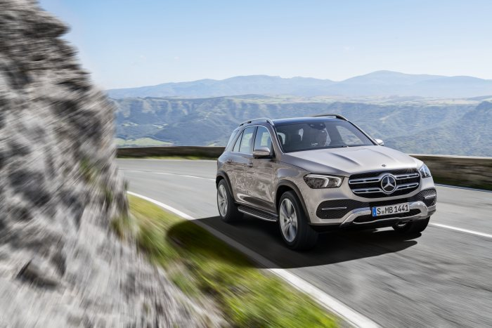 Sales launch for the new Mercedes-Benz GLE with six-cylinder diesel: The trendsetter is the first SUV in its class to meet Euro 6d