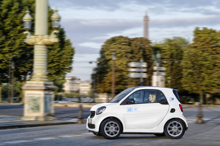 Vierter Elektrostandort: car2go startet in Paris