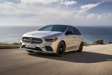 Mercedes-Benz sells more than 150,000 cars in February