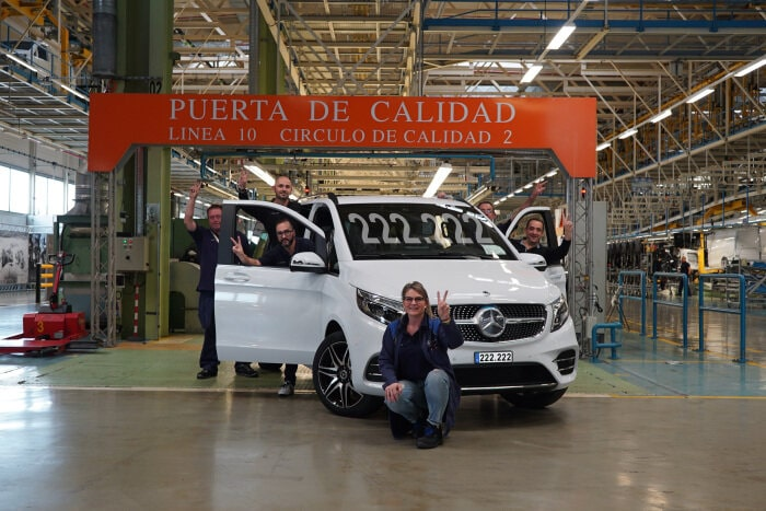 The 222,222nd Mercedes among MPVs leaves the Vitoria plant