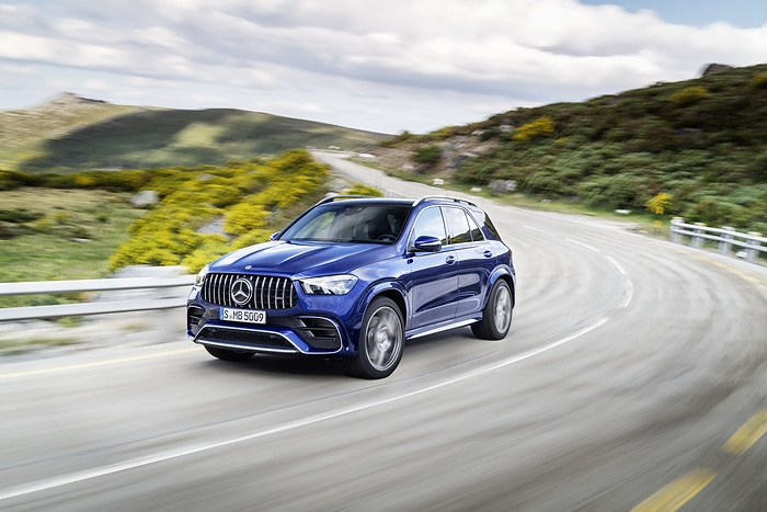 Flagship models with electrified V8 engine now available to order: Sales launch for new Mercedes-AMG Performance SUVs
