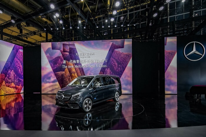 Made in China, for China: market premiere of the new Mercedes-Benz V-Class
