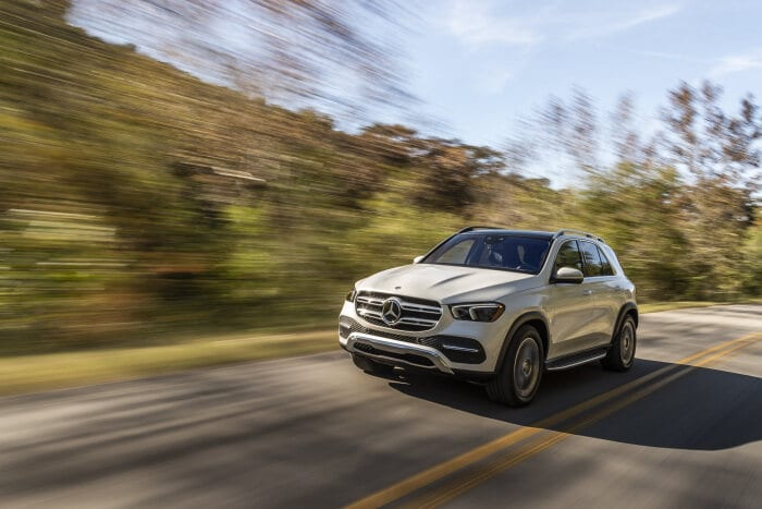 Test winner among nine competitors: Euro NCAP: Top marks for partially automated assistance systems in the Mercedes-Benz GLE