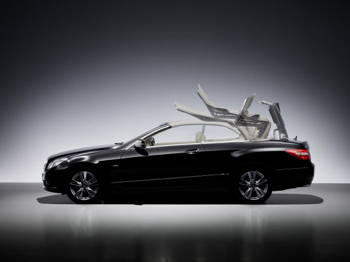 The new Mercedes-Benz E-Class Cabriolet - TecDay Aerodynamic 2009: four seasons, four passengers