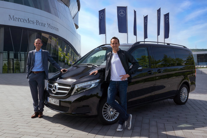 The new V-Class accompanies triathlon team - Increased commitment to the sport of triathlon: Mercedes-Benz supports German POWER HORSE Triathlon Team