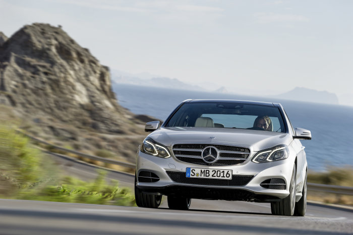 New nine-speed automatic transmission debuts in the Mercedes-Benz E 350 BlueTEC: Premiere of the new 9G-TRONIC