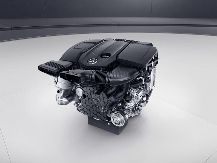 The diesel future begins in the Mercedes-Benz E-Class: More economical and powerful, more lightweight and compact