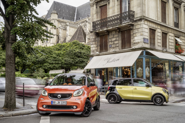 Prices for entry-level version rated at 45 kW/60 hp beginning at €10,335 - Yet more urban joy: new smart family set to grow to six versions