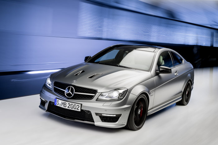 "Exclusive increase in output to 373 kW (507 hp) - A new level of dynamism: the C 63 AMG ""Edition 507"""