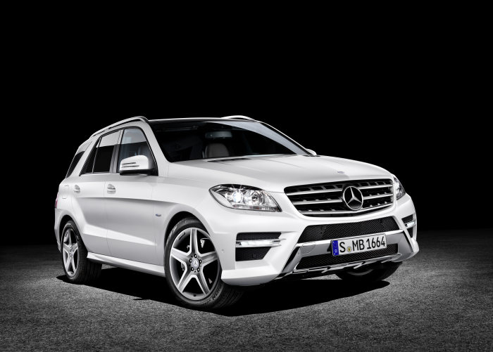 """iF product design award 2012"": Five-fold success for Mercedes-Benz design"