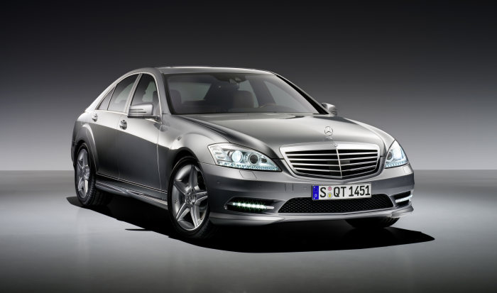 AMG Sports package for the 2009 S-Class and the CL-Class - Top Mercedes-Benz models featuring even more striking sportiness