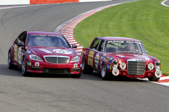 "S 63 AMG ""Thirty-Five"" meets 300 SEL 6.8 AMG: A comparison between generations of a special kind"