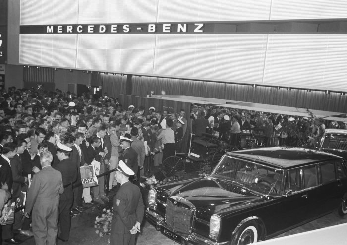 IAA in Frankfurt: time and again the stage for world premières from Mercedes-Benz