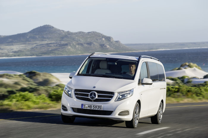 Mercedes-Benz V-Class: One year of the new V-Class: the Mercedes among MPVs achieves excellent interim results