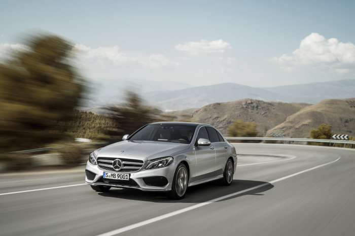 """Auto Trophy 2015 World's Best Cars"": Mercedes-Benz takes first place four times"