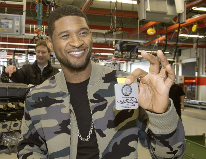 International pop superstar Usher visits Mercedes-AMG: After building his SLS AMG engine the superstar is test-driving the new A 45 AMG
