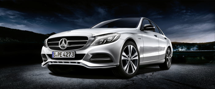 Mercedes-Benz Accessories GmbH at the Paris Motor Show 2014: Sporty accents for the new C-Class