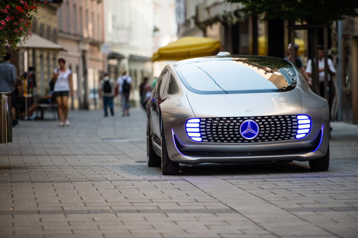 The F 015 Luxury in Motion at the Ars Electronica Festival in Linz: Creative break on the journey to the future