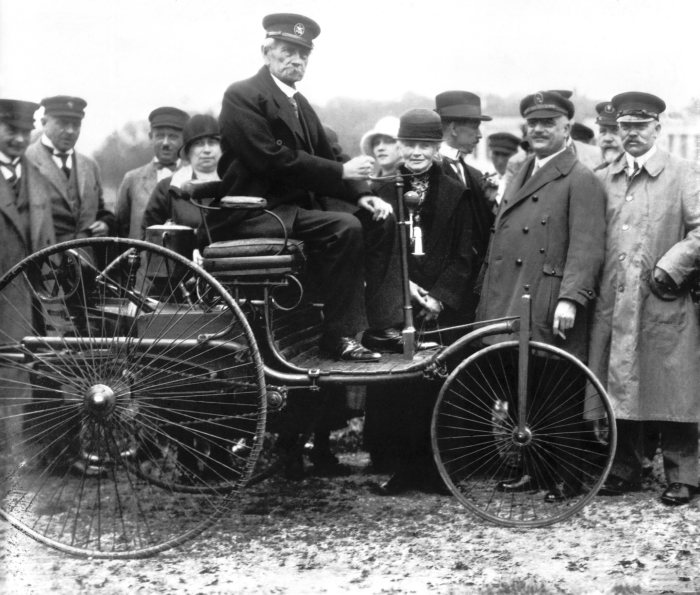 Carl Benz's patent application on 29 January 1886: Birth of the automobile 130 years ago