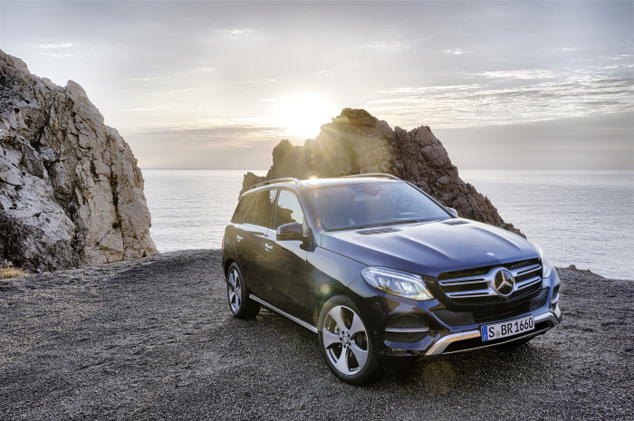 Première for the Mercedes-Benz GLE and Mercedes-AMG GLE 63: Efficiency meets performance
