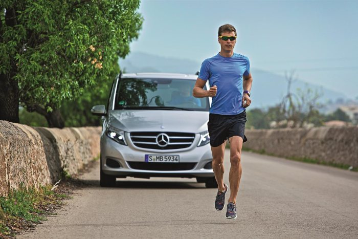 V-Class enters the starting blocks at the IRONMAN: Powerful partnership - Mercedes-Benz V-Class named the official Car Partner of the IRONMAN® European Tour