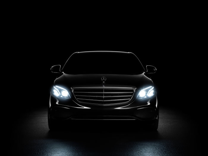 "Mercedes-Benz wins ""Red Dot Award: Product Design 2016"": Design prize for MULTIBEAM LED headlamps"