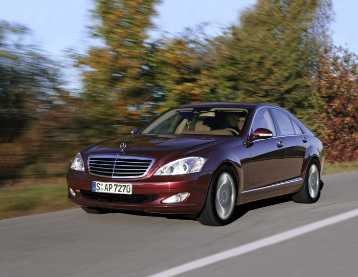 Mercedes-Benz S-Class, driving shot, exterior