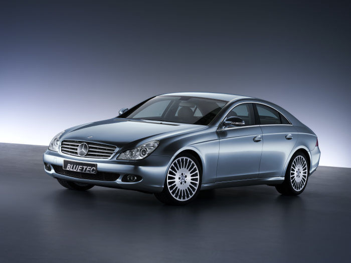BLUETEC - the technology for the cleanest diesel in the world: CLS 320 BLUETEC