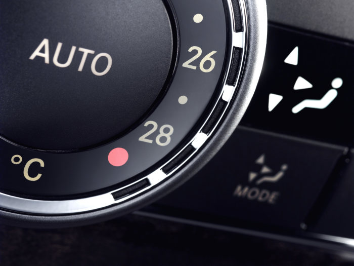 "Mercedes-Benz C-Class: ""User Interface Design"" is the technical term for the process of designing the control and display elements, bringing together ergonomics and aesthetics."