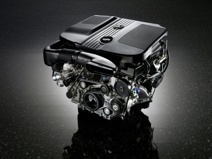 New generation of four-cylinder diesel engines from Mercedes-Benz leads the way - Taking performance, consumption and emissions into a new dimension: Engine OM651