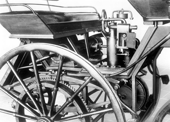 The 0.8 kW Grandfather Clock powered Gottlieb Daimler's motorized carriage of 1886.