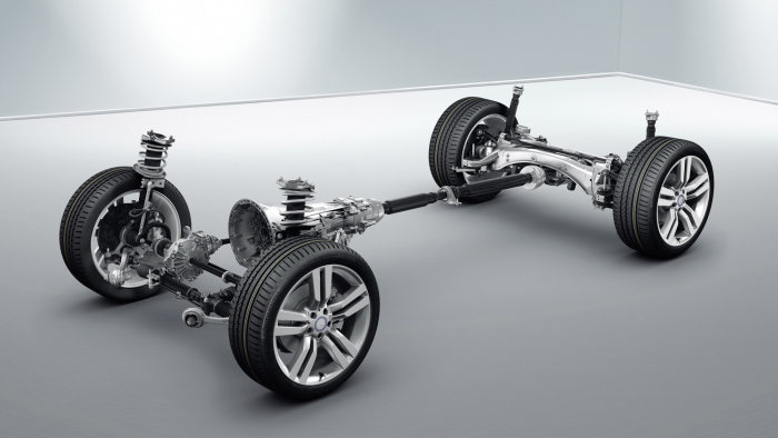 All GLK models feature the 4MATIC all-wheel-drive system and the leading-edge AGILITY CONTROL suspension as standard.