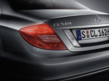 Mercedes-Benz CL-Class 2010 model year: The solid red tail lights and the redesigned headlights are among the most striking details of the new generation CL.