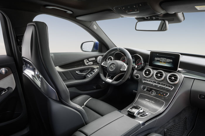 Mercedes-AMG C 63 S, estate, interior: Leather black, AMG Performance seats, open-pore black ash wood trim