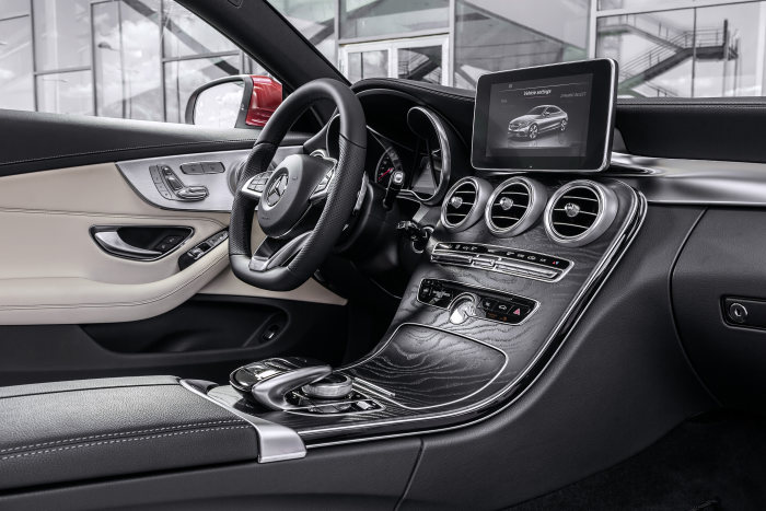 Mercedes-Benz C-Class Coupé C 250 d 4MATIC, hyacinth red, leather porcellain/black