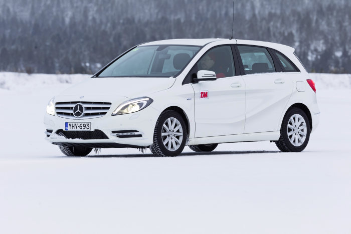 "The new Mercedes-Benz B-Class has been voted ""Winter Car of 2012"" by Finland´s leading car magazine, ""Tekniikan Maailma""."