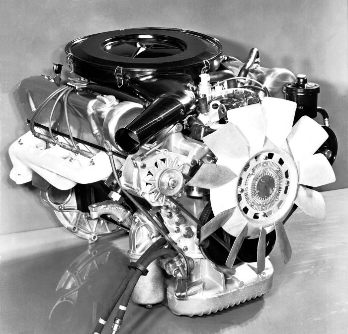 Mercedes-Benz M 177 engine, used in 450 SE, 450 SEL, 450 SL and 450 SLC