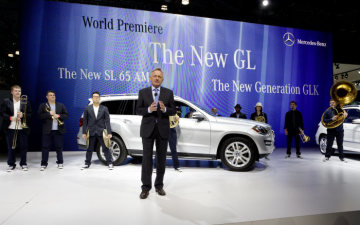 Dr. Joachim Schmidt, Executive Vice President Mercedes-Dr. Joachim Schmidt, Executive Vice President Mercedes-Benz Cars Sales & Marketing, at the world premiere at the Mercedes-Benz press conference in New York.