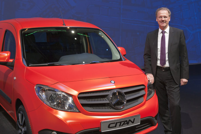 World premiere in Amsterdam: The new City Van Mercedes-Benz Citan with Volker Mornhinweg, Head of Mercedes-Benz Vans.