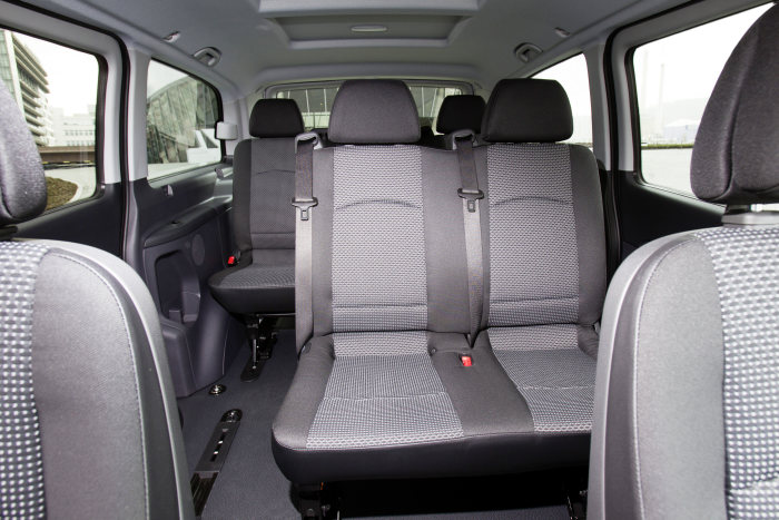 Mercedes-Benz Vito E-CELL Crewbus: first ex-works seven-seater with a locally emission-free drive system