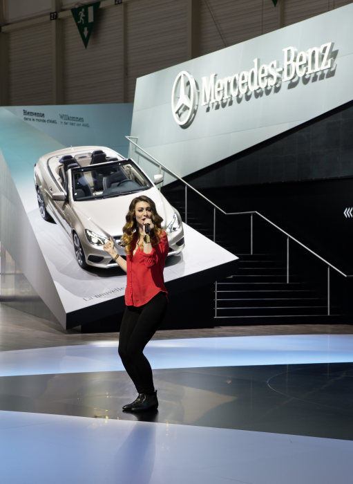 Mercedes-Benz at the Geneva Motor Show 2013: The American pop duo Karmin delighted the audience at the Mercedes press conference in Geneva.