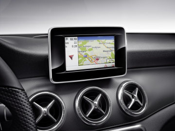 Mercedes-Benz Accessories for the CLA: The Becker® MAP PILOT turns the Audio 20 radio into a high-performance navigation system with 3D map display.