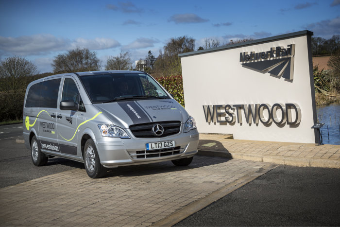 Two new Mercedes-Benz Vito E-CELL minibuses will in future add to the fleet of Britain's Network Rail.